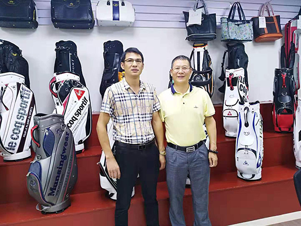 东莞高尔夫球客户合影
